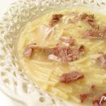 Sopa de cocido con picadillo